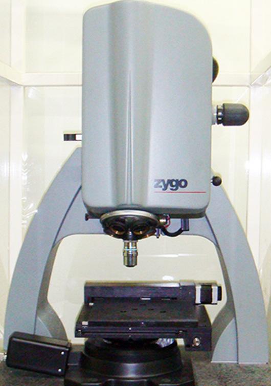 三次元構造解析顕微鏡