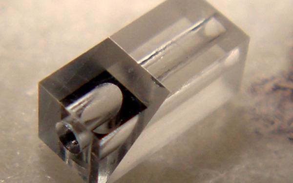 微小ミラー接合品